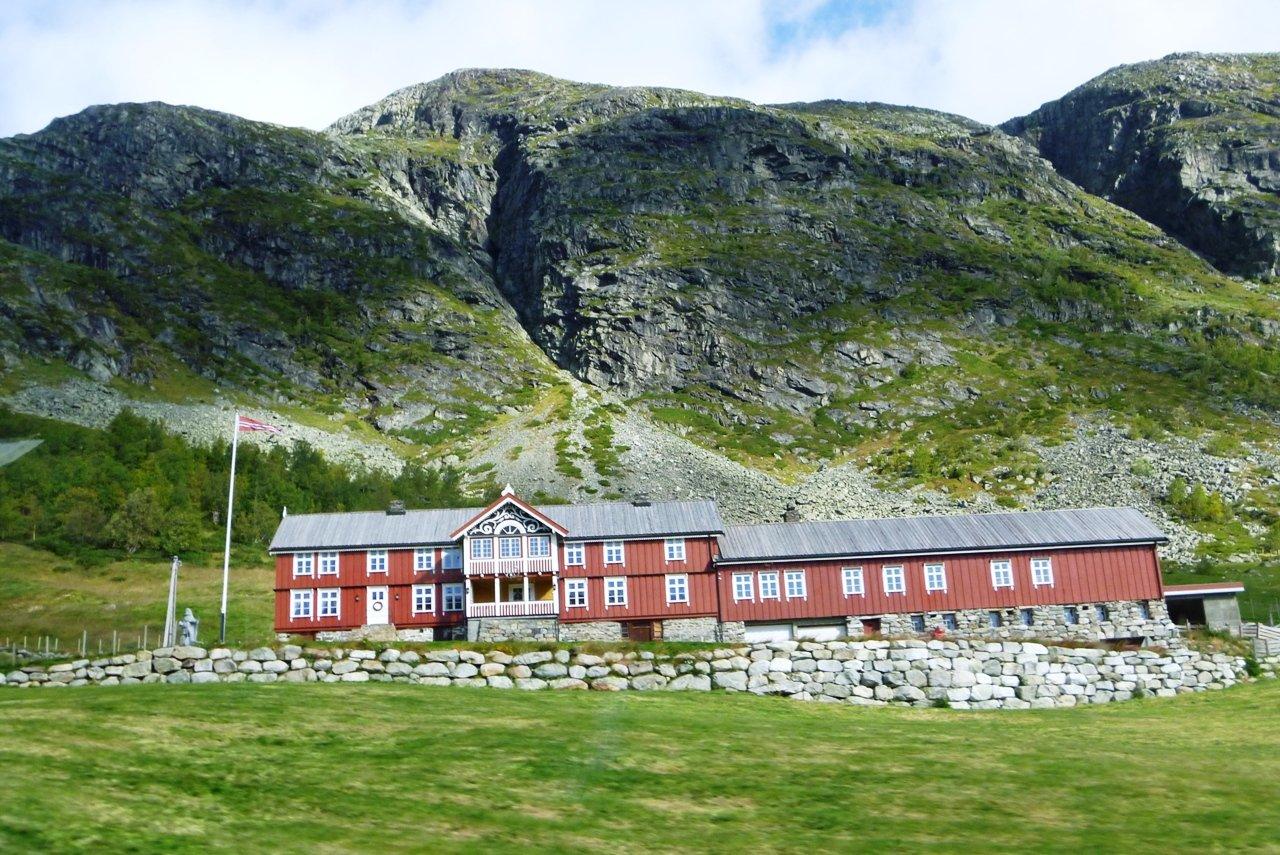 Вдоль Норвегии. Из окна автобуса.