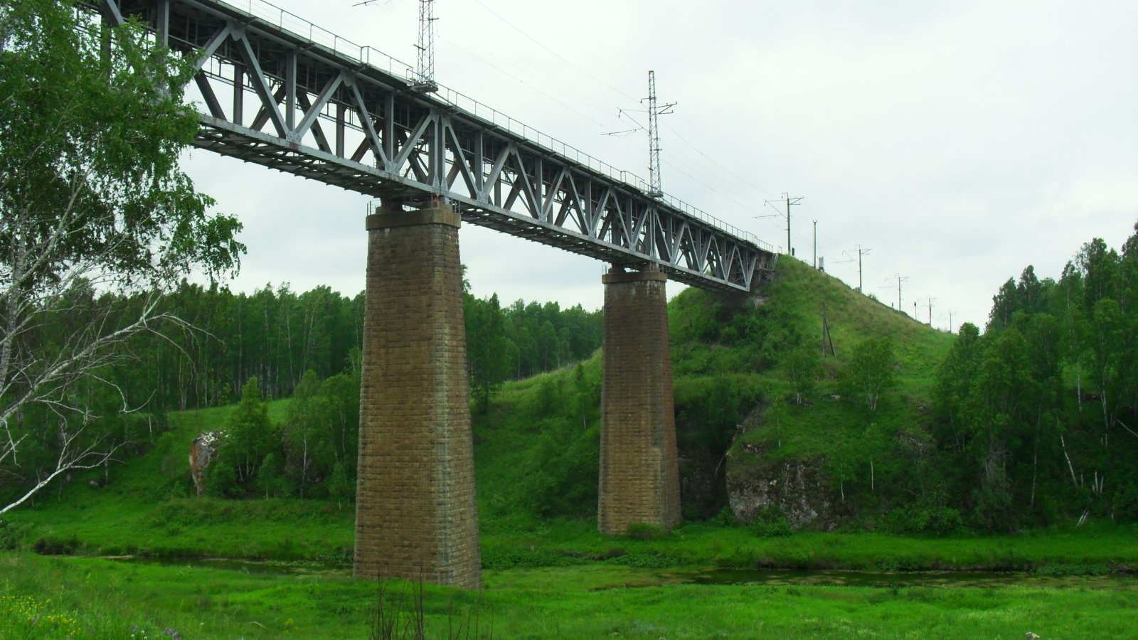 Ж/д мост между Новый Быт и Синарский.JPG